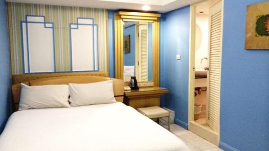Review 2 khách sạn ở Bangkok giá rẻ khu Sukhumwit và Sathorn